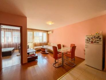 Тристаен апартамент в района на ВиК-Варна